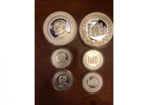 SILVER COINS OF COLLECLTION. COMMEMORTIVE POPE JOHN PAUL II