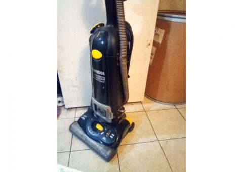 Eureka smart vac The boss vacuum