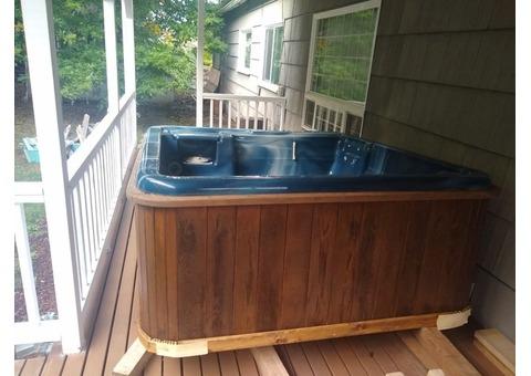 Marquis 6 person hot tub